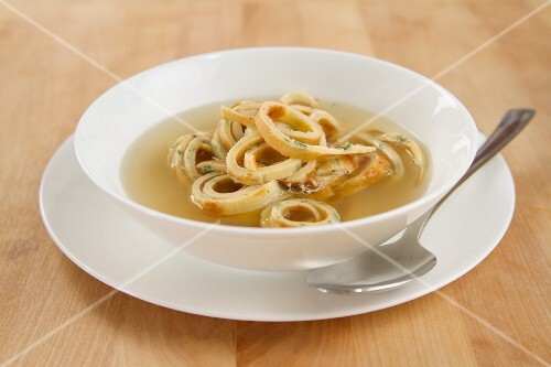 Beef broth with pancake strips