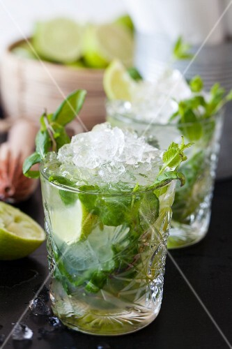 Ginger and mint drink with crushed ice