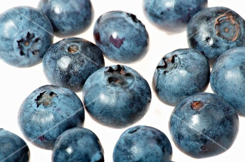 Several blueberries (close up)