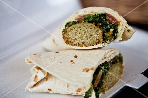 Greek wraps with minced meat and spinach