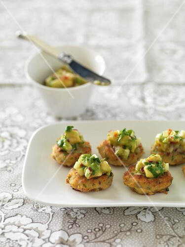Fish cakes with avocado salsa (Thailand)