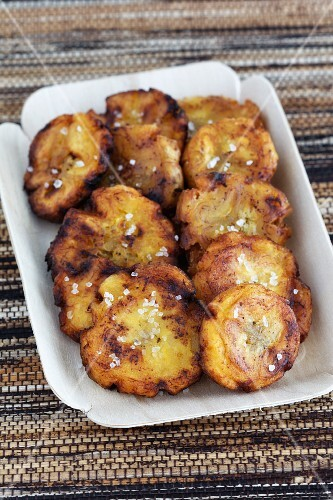 Fried plantains with salt