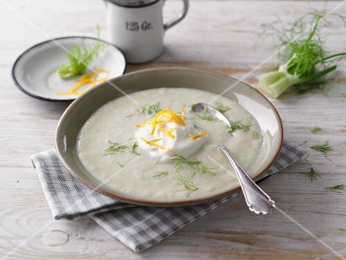 Cream of fennel soup with cream and orange zest