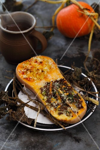 Butternut squash filled with beef and millet