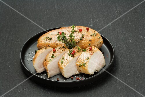 Chicken breast with herbs and pink pepper