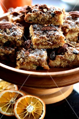 Muesli cakes with nuts and dried fruit