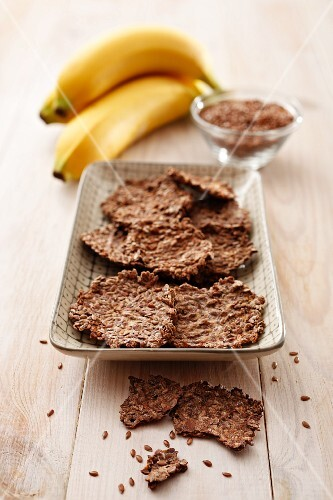 Flax seed and banana biscuits with ingredients