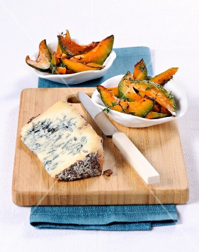 Roasted pumpkin with time and Malghesino cheese