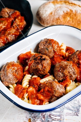 Fusilli pasta with meatballs and tomato sauce