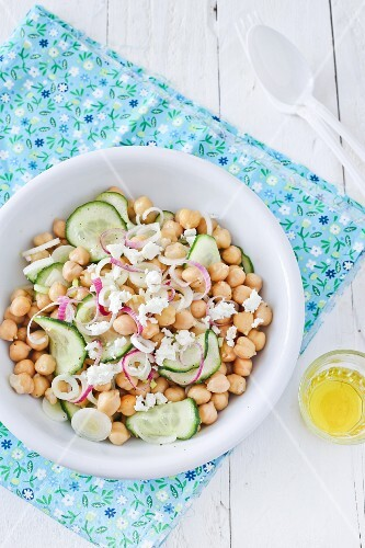 Chickpea salad with cucumber, onions and feta cheese