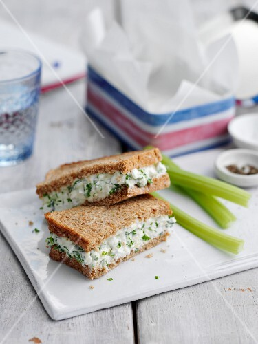 Cottage cheese and spring onion sandwich