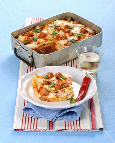 Pancake bake with meatballs, mozzarella and basil