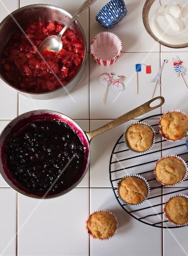Cupcake and decorations for the French national holiday