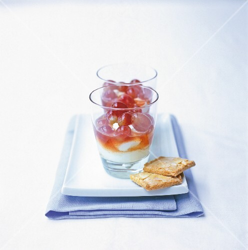 Muscadet grapes in Greek yoghurt