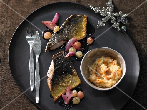 Carp fillet with caramel grapes