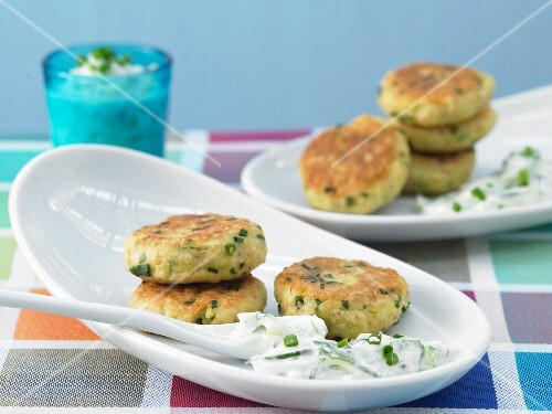 Potato courgette cakes with herb quark