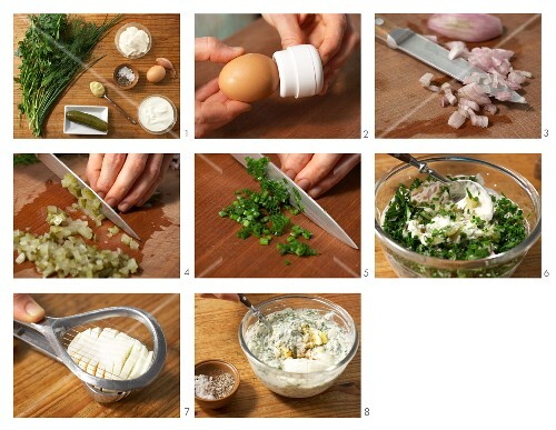How to prepare remoulade with egg, onions and herbs