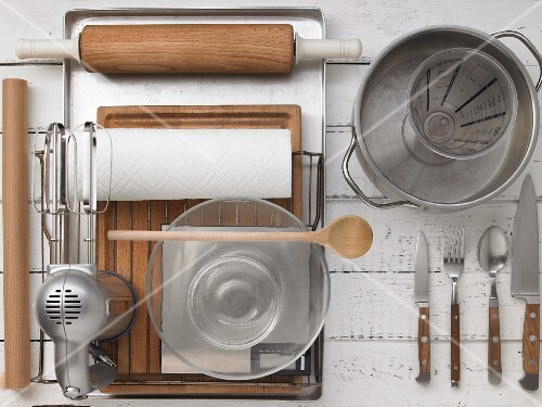 Kitchen utensils for making muesli bars and spread