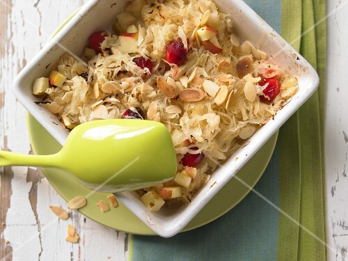 Sauerkraut & apple gratin sprinkled with flaked almonds