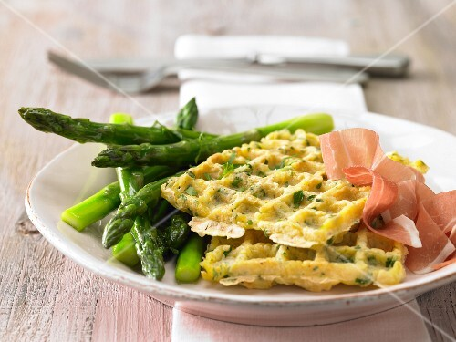 Glazed asparagus with potato waffles