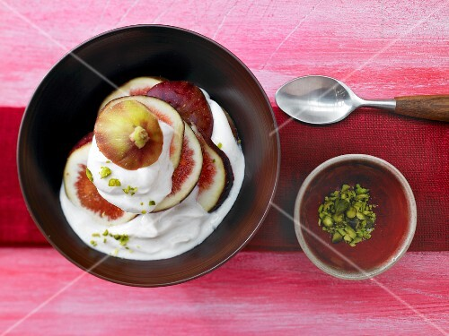 Lemon and cardamom quark with figs