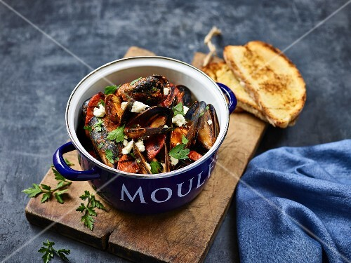 Mussels with feta and chorizo