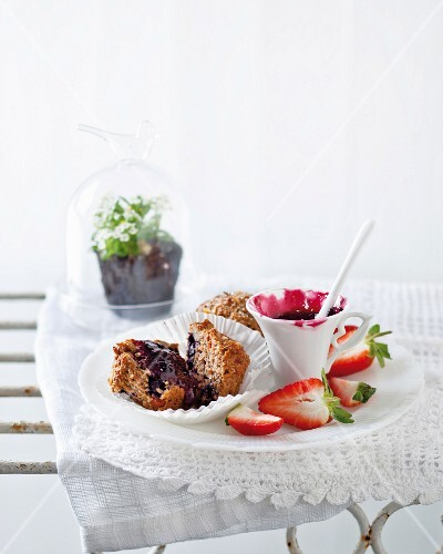 Superfood muffins with blueberries and goji berries
