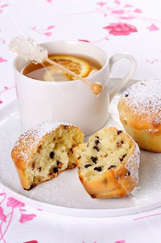 Chocolate chip muffins and fruit tea
