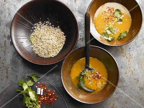 Roasted pumpkin soup with ginger