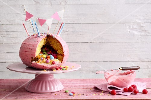 Buttercream sponge 'Viva la piñata' cake filled with Smarties