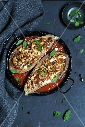 Aubergines filled with Shirataki noodles and crumbled feta with tomato sauce (low carb)