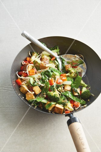 Wok-fried vegetables with mung bean sprouts and diced tofu