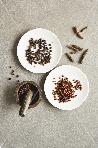 Black pepper, long pepper, cubeb pepper and Szechuan pepper