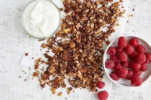 Roasted coffee and chocolate muesli with natural yoghurt and fresh raspberries