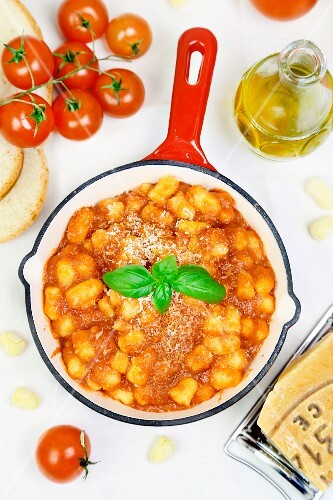 Mini gnocchi with tomato sauce and Parmesan