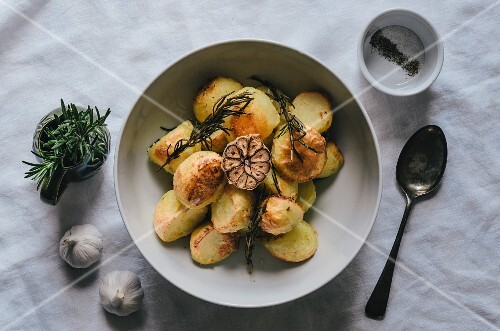 Potatoes with garlic and rosemary (top view)