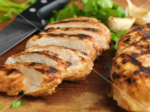 Grilled chicken slices