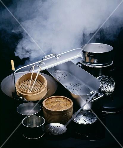 Asiatische Küchenutensilien verschiedene asiatische küchenutensilien bild kaufen 215887