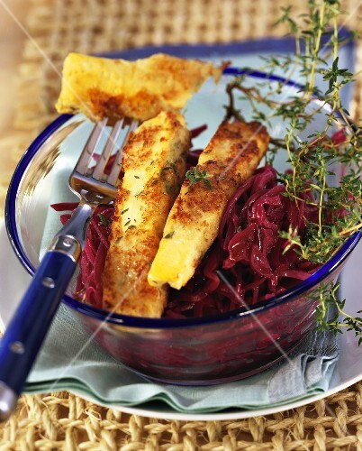 Strips of lopino lupin tofu in batter with red cabbage for Arredamenti lupin