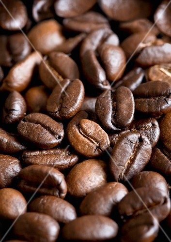 Roasted coffee beans, full-frame
