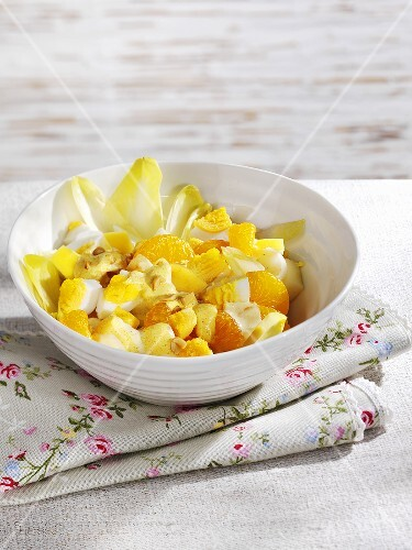 Chicory, apple, mandarin and egg salad