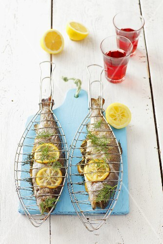 Grilled trout with lemon and dill