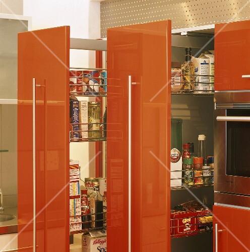 Ausziehbares Regal Fur Kuchenschrank Dekoration Bild Idee