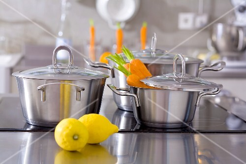 Pans, carrots and lemons