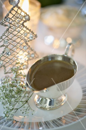 Gravy in a gravy boat (Christmas)
