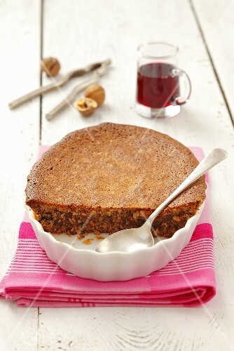 Baked almond and walnut pudding