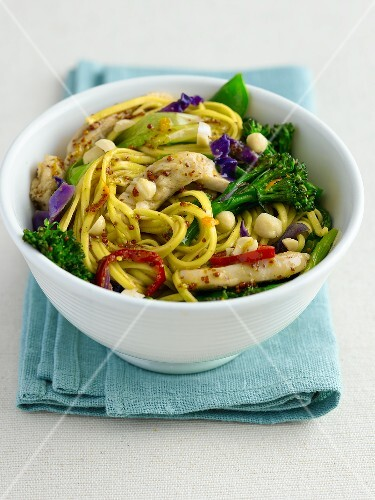 Stir fry - fried egg noodles with chicken, orange and broccoli