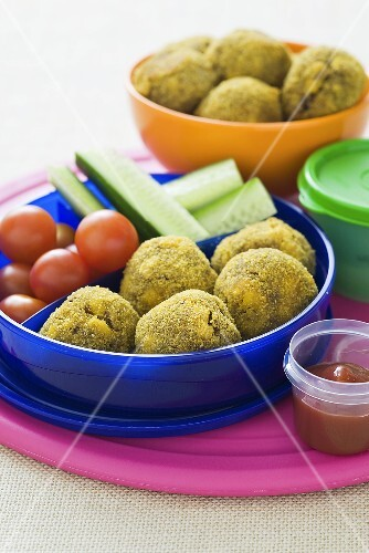 Vegetables and minced meat balls in a lunchbox