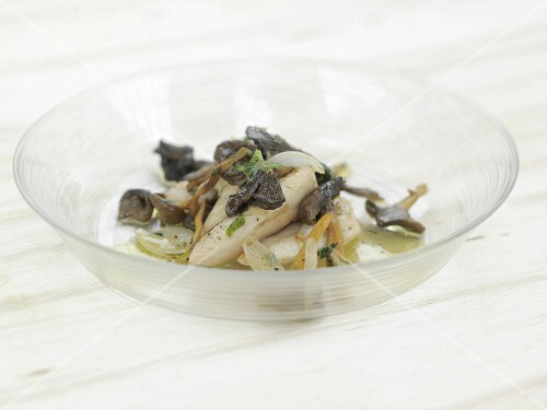 Chicken fillets with mushrooms