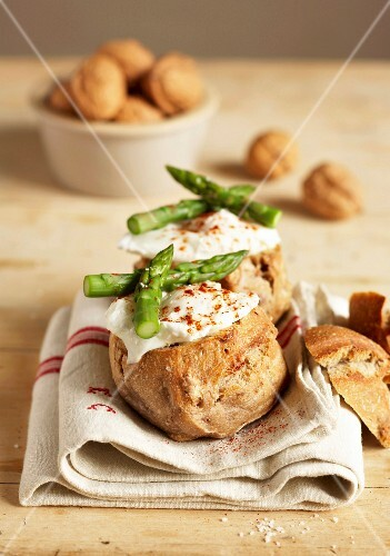 Poached egg and asparagus walnut bread nests